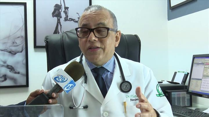 Neumólogo Plutarco Arias se queja por falta de políticas preventivas en  materias de salud | Periódico Sin Cortapisa