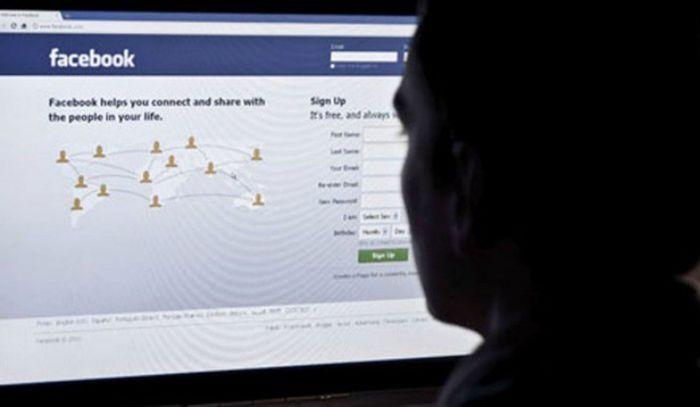 Una exempleada denuncia a Facebook: «Tengo sangre en mis manos»