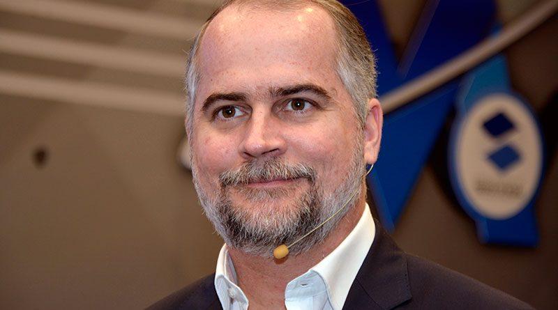 Alejandro Fernández W es anunciado por el presidente electo Luis ...